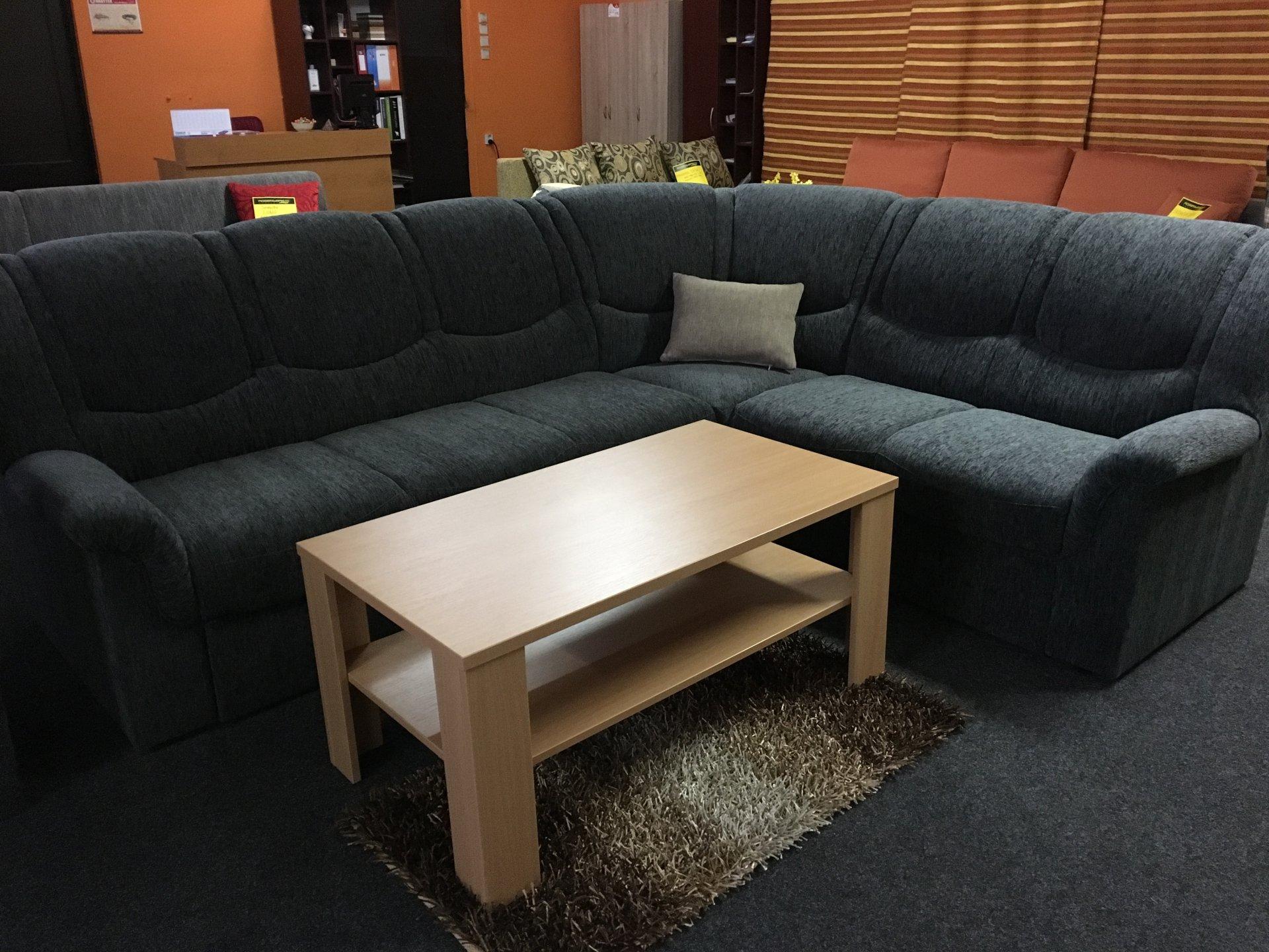 Výprodej kolekce nábytku 2016